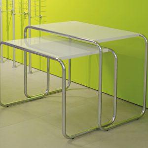 Столы для демонстрации товара SDT
