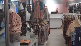 Торговое оборудование ТПК-Урал в магазине нижнего белья