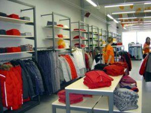 82400371 640640 300x225 - Торговое оборудование для магазина одежды